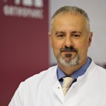 Wirbelsäulenchirurg Doktor Christopoulos Köln