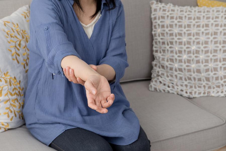 Tauber Arm aufgrund eines zervikalen Bandscheibenvorfalls