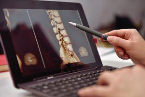 Neurochirurgie Wirbelsäule - Technologische Fortschritte