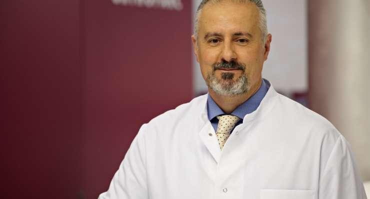 Beratung Wirbelsäulenchirurgie: Neue Samstagssprechstunde bei Dr. Christopoulos in Köln
