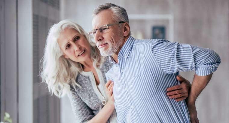 Wirbelbruch bei Knochenschwund / Οsteoporose