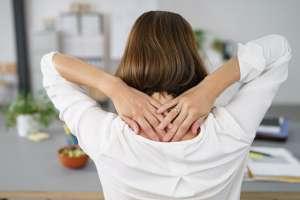 Rückenschmerzen behandeln - Sprechstunde Wirbelsäulenchirurgie im März
