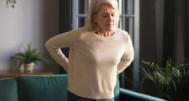 Dekompression des Spinalkanals gegen Rückenschmerzen bei Spinalkanalstenose